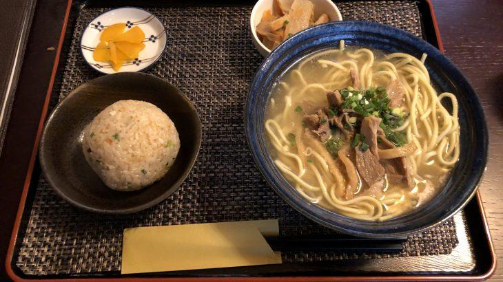 石垣島の地元に愛される食堂「もちの木」