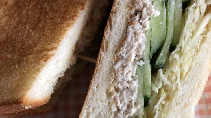 石垣島の新鮮マグロでツナサンドイッチをつくってみた