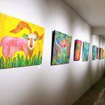 アートホテル石垣島の「アートとTシャツ展Ⅲ」