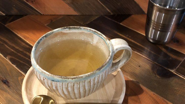 店内のかわいいテイストが魅力「Cafe Kanoa」
